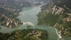 Von Erdrutschen aufgestaute Flüsse.