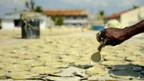 Verzweifelte Haitianer ernähren sich von Lehm.