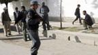 Die Polizei untersucht den Tatort in Kabul.