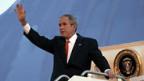 George W. Bush ist auf Europa-Tour.