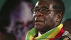 Präsident Mugabe hält an der Stichwahl fest.