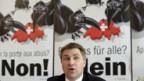Mit Raben gegen die Freizügigkeit: SVP-Präsident Toni Brunner.