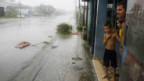 Kubaner suchen Schutz vor den schweren Regenfällen