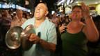 Argentinier demonstrieren gegen Kirchner.