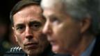 US-Oberbefehlshaber in Irak, David Petraeus (l.).
