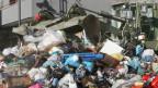 Neapel: Grosses Reinemachen für Berlusconi-Besuch.