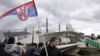 In Mitrovica bildet der Fluss Ibar die Grenze zwischen dem von Serben bewohnten Nord- und dem Südteil der Stadt.