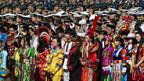 Trachten aus allen Regionen Chinas an den Feierlichkeiten zum Nationalfeiertag in Peking