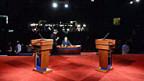 Alles bereit für die erste TV-Debatte der Präsidentschaftskandidaten.