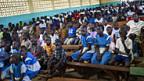 Mitglieder einer Kirche in Kogelo, West-Kenia, am 4. November: Gemeinsames Beten für Barack Obamas Wiederwahl als US-Präsident.