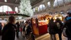 Es gibt auch Geschichten, die Freude machen - ergibt die Umfrage auf dem Zürcher Weihnachtsmarkt.