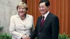 Bundeskanzlerin Merkel und Chinas Präsident am Treffen in Beijing am 30.8.2012