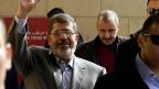 Der ägyptische Präsident Mursi wechselt 10 Minister aus.