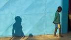 Leidtragende im Krieg sind meist Frauen und Kinder. Junge in einem Flüchtlingslager in Mali.