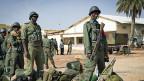 Malische Soldaten brechen von Gao in Richtung Timbuktu auf.