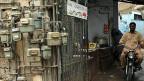 Gaszähler an einem Haus in Karachi; sie garantieren aber nicht, dass das Gas auch wirklich fliesst.