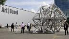 Die 39. Art Basel hat ihre Tore füs Publikum geöffnet.