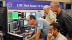 Die Physiker im Kontrollzentrum des Teilchenbeschleunigers LHC.