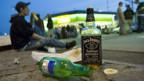 Schweizer Jugendliche trinken, kiffen und rauchen weniger als noch vor vier Jahren.