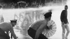 Während der Globus-Krawalle waren Polizisten mit Wasserwerfern gegen Jugendliche vorgegangen.