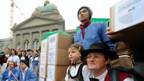 In Bern ist die Volksinitiative «für ein gesundes Klima» eingereicht worden.