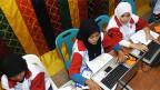Mobile Gewerbeschulen in der indonesischen Provinz Aceh, ein von der Glückskette unterstütztes Hilfsprojekt.