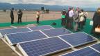 Auf dem Palexpo-Gebäude in Genf entsteht die grösste Solaranlage der Schweiz.