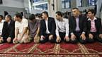 Gebet zum Fastenbrechen während des Ramadan, Haus der Religionen in Bern, 2008