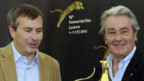 Olivier Père (links) mit Alain Delon (rechts) am Filmfestival Locarno, 3. August 2012