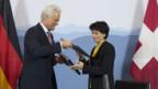 Da war die Welt noch in Ordnung. Doris Leuthard und der deutsche Verkehrsminister Peter Ramsauer bei der Unterzeichnung des Flugverkehrs-Abkommens.