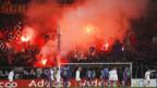 Solche Situationen, wie hier beim Achtelfinal zwischen dem FC Basel und dem FC Zürich, sollen vermieden werden.