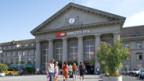 Biel - die traditionelle linke Hochburg am Jurafuss (Bahnhofgebäude)