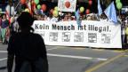 Einige 1000 Personen nahmen im Oktober 2011 in an einer Grossdemo für die Sans-Papier teil.