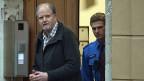 Peter Hans Kneubühl vor dem Gericht in Biel.