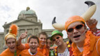 Holland-Fans haben den Bundesplatz in Bern erobert.