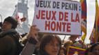 Proteste gegen China in Paris.