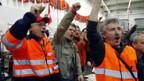 Die Belegschaft der SBB Cargo Werkstätte in Bellinzona setzt ihren Streik fort.