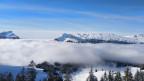 Sonne und blauer Himmel mit Blick aufs Nebelmeer