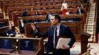 Der spanische Premierminister Pedro Sanchez am 18. März 2020 vor einem fast leeren Abgeordnetenkongress in Madrid, Spanien.
