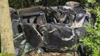 Beim Unfall zwischen Villigen und Mandach wurde ein Insasse getötet, zwei weitere verletzt.