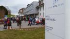 Solidaritätskundgebung vor dem Spital Riggisberg.
