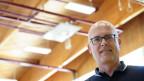 Der Düdinger Bauverwalter und die neue Turnhallen-Beleuchtung