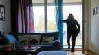 Selbstständig wohnen dank Betreuung: Frau K. in ihrer Einzimmerwohnung.