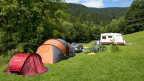 Zelte auf der Wiese