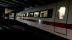 Entgleister Zug in Tunnel