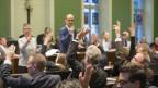 Zuger Kantonsrat während einer Abstimmung