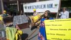 Demonstration gegen den Zuger Rohstoff-Konzern Glencore.