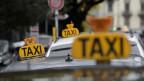 Uber steht immer wieder in der Kritik – Taxifahrer in der Schweiz haben mehrfach gegen den neuen Fahrdienst protestiert.