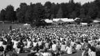Die Premiere 1977: Zuschauer am ersten Gurten-Festival