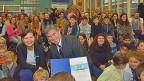 Der Basler Regierungsrat Christoph Eymann freut sich über die Auszeichnung.